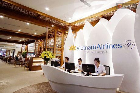 Can canh phong khach hang thuong gia moi cua Vietnam Airlines o Noi Bai - Anh 1
