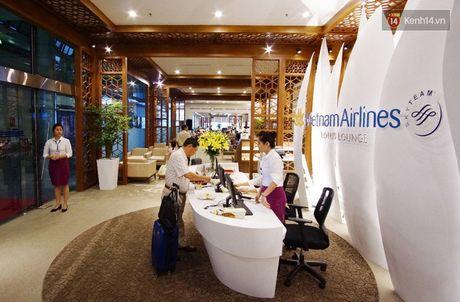 Can canh phong khach hang thuong gia moi cua Vietnam Airlines o Noi Bai - Anh 2