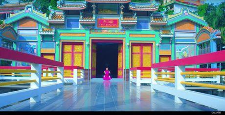 Chua Long Son (Nha Trang) bat ngo xuat hien trong MV cua chu nhan hit 'Run Away (U&I)' - Anh 3
