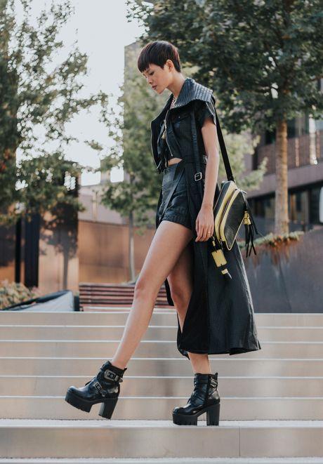 Street style ca tinh cua chan dai Viet o Milan - Anh 8
