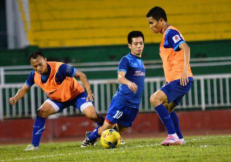 Cong Phuong tap da phat truoc tran gap Trieu Tien - Anh 7
