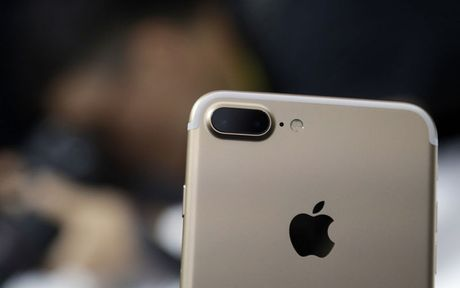 """Pixel khong co camera loi"" - Google lien tiep da xoay Apple trong su kien dem qua - Anh 2"