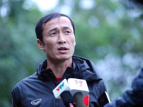 Cuu danh thu Dang Phuong Nam cung FC Du Lich trao quy tu thien gan 20 trieu dong - Anh 5