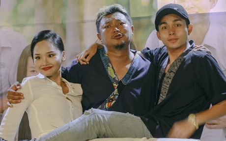 Cap doi 'ba-chau' Miu Le va Ngo Kien Huy tai ngo trong phim moi - Anh 1