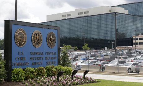 My buoc toi mot nha thau NSA danh cap thong tin mat - Anh 1