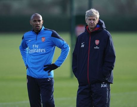 Nguoi cu cua Arsenal de cu Henry thay Wenger - Anh 1