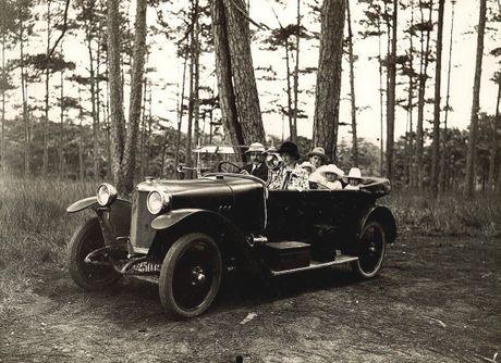 Da Lat thap nien 1920 trong anh cua Raymond Chagneau (2) - Anh 1
