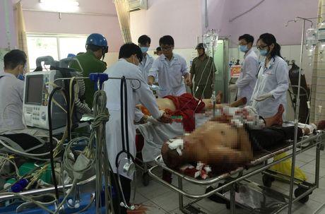 Vu truy sat o chua Buu Quang: Nghi van hung thu dung chat kich thich - Anh 2