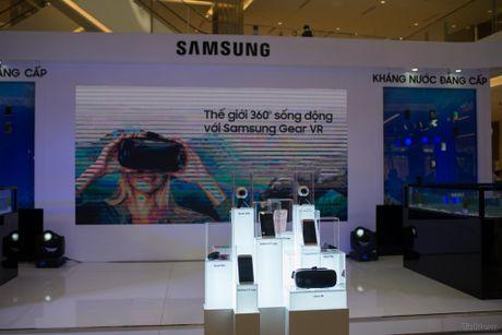 Samsung mo Galaxy Studio o Q1, gioi thieu Gear 360 chinh hang gia 7 trieu dong - Anh 4