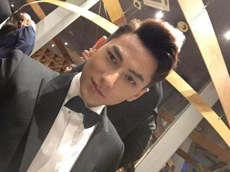 Isaac xuat hien cung dan sao Han tren tham do LHP Busan - Anh 1