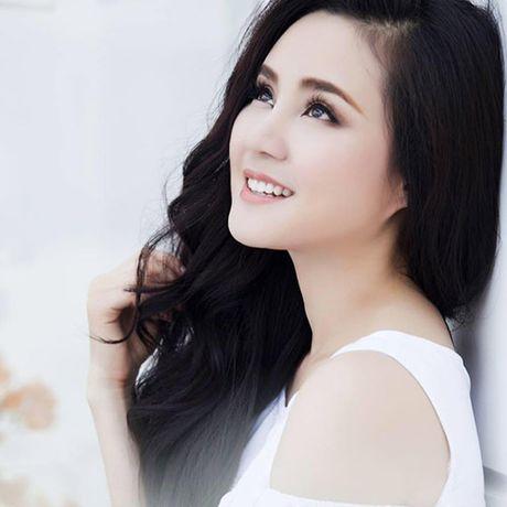 """Tran Thanh: """"Dien tren san khau da met lam roi, ngoai doi thi khong"""" - Anh 2"""