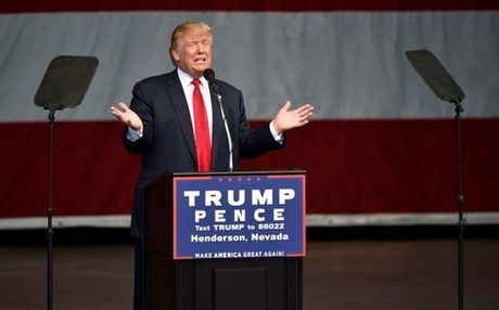 Donald Trump bất ngờ chuyển thái độ với Putin