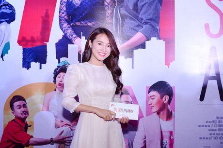 Nha Phuong den ung ho phim cua 'chang Lo' - Anh 1