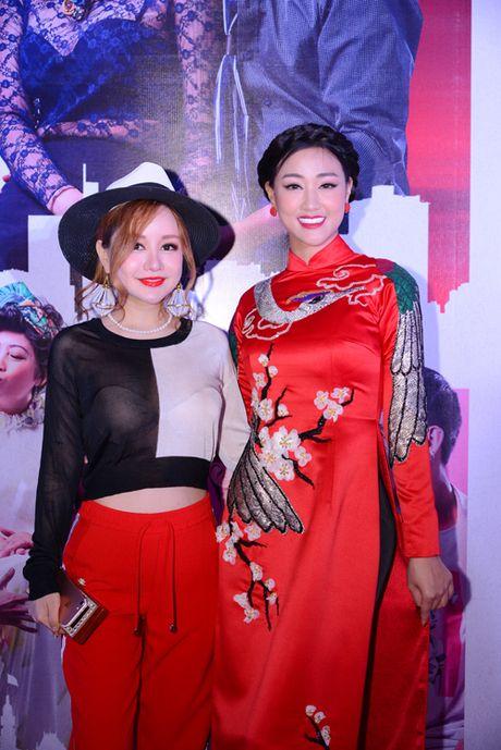 Nha Phuong den ung ho phim cua 'chang Lo' - Anh 5
