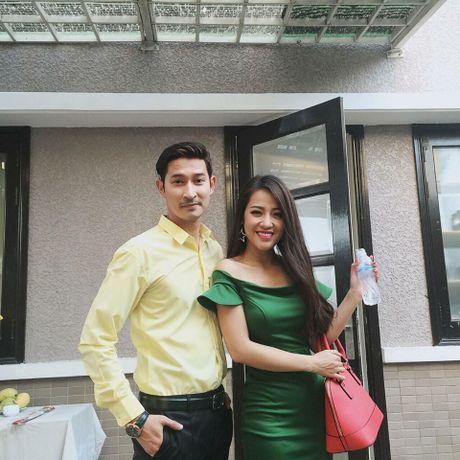 Chuyen hiem showbiz: Nu dien vien hai dep long lay nhu hot girl - Anh 14