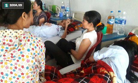 Nguyen nhan 3 nu sinh bi danh dap da man, quay clip tung len mang - Anh 2