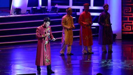 Xuan Hinh choc khan gia cuoi 'can hoi' trong liveshow 10 ti - Anh 15