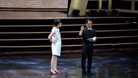 Xuan Hinh choc khan gia cuoi 'can hoi' trong liveshow 10 ti - Anh 16