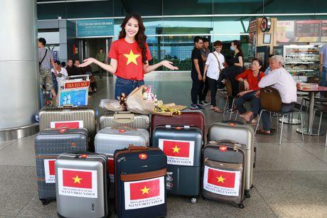 Nam Em mang 150kg hanh ly den 'Hoa hau Trai dat 2016' - Anh 3