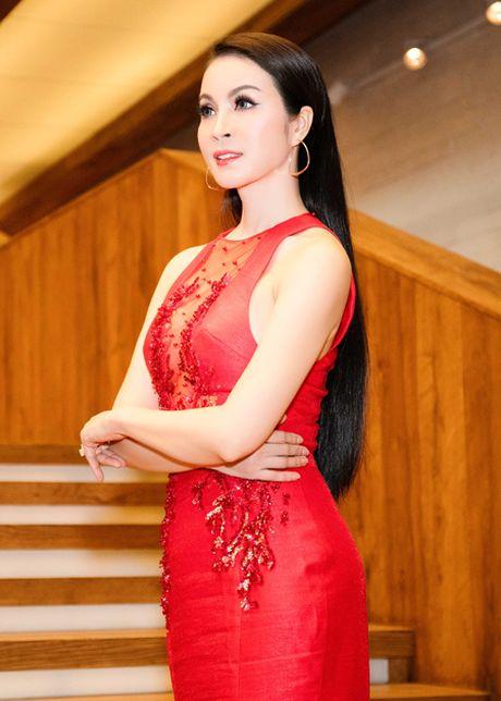 Me man voi ve dep rang ngoi cua MC Thanh Mai - Anh 7