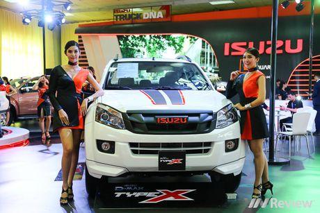 "Mau ""Tay"" tran ngap trien lam Vietnam Motor Show 2016 - Anh 15"