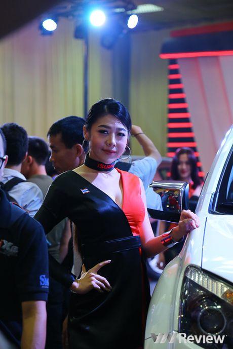 "Mau ""Tay"" tran ngap trien lam Vietnam Motor Show 2016 - Anh 16"