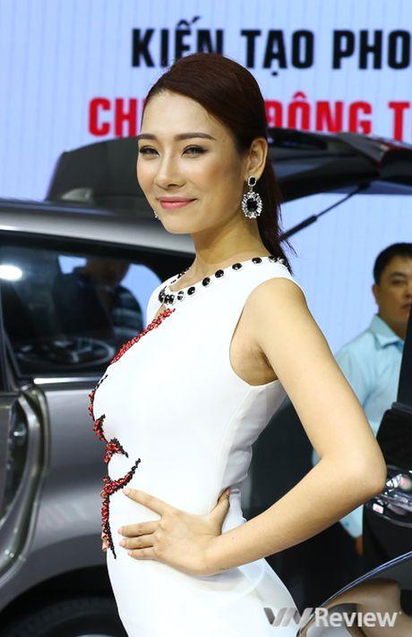 "Mau ""Tay"" tran ngap trien lam Vietnam Motor Show 2016 - Anh 22"