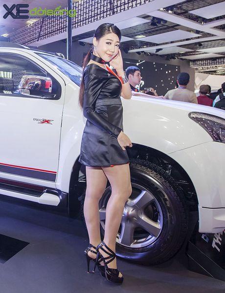 Nguoi dep chuyen gioi 'hang doc' tai Vietnam Motor Show 2016 - Anh 10