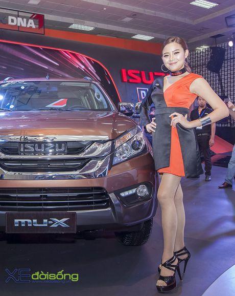 Nguoi dep chuyen gioi 'hang doc' tai Vietnam Motor Show 2016 - Anh 6