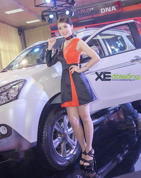 Nguoi dep chuyen gioi 'hang doc' tai Vietnam Motor Show 2016 - Anh 8