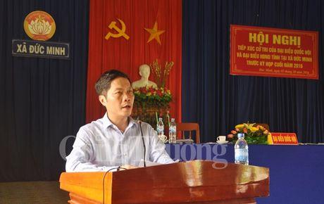 Bo truong Bo Cong Thuong Tran Tuan Anh tiep xuc cu tri tinh Quang Ngai - Anh 1