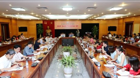 Bo KH&CN hop bao giai dap van de lang phi ngan sach,ca chet Ho Tay - Anh 2