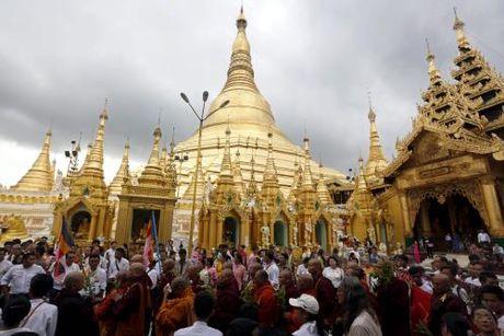 Myanmar thong qua luat moi nham thu hut dau tu nuoc ngoai - Anh 2