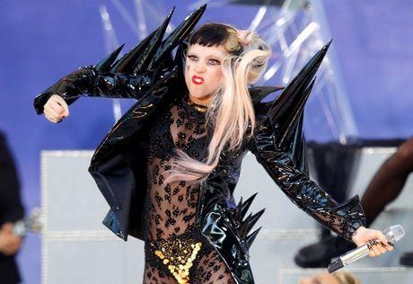 Voi 'Perfect Illusion', co mot Lady Gaga dau don den tan cung? - Anh 1