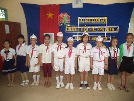 Van dong phu huynh hoc sinh tham gia BHYT - Anh 1