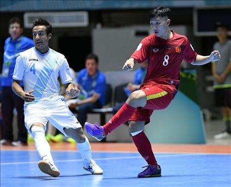 Nong: QBV Viet Nam 2016 se duoc trao cho cau thu Futsal? - Anh 1