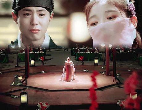 Xu huong phim Han mua thu: Chuyen tinh '2 chang 1 nang' chiem song - Anh 17