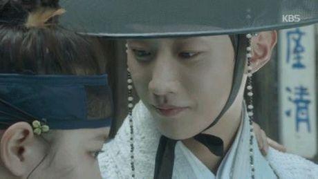 Xu huong phim Han mua thu: Chuyen tinh '2 chang 1 nang' chiem song - Anh 21