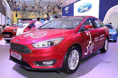 Chiem nguong gia dinh dong co EcoBoost cua Ford tai Trien lam O to Viet Nam 2016 - Anh 3