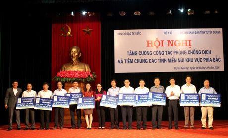 Phat dong Sua hoc duong tai tinh Tuyen Quang - Anh 1