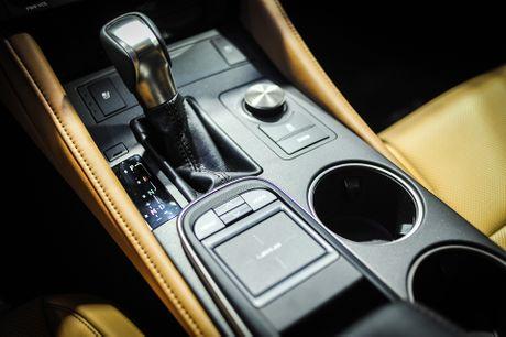 Lexus RC 200t xe sang 2 cua duy nhat tai Vietnam Motor Show - Anh 7