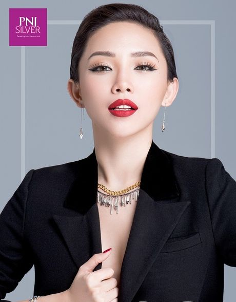 Toc Tien goi y cach mix do voi trang suc tinh te - Anh 6