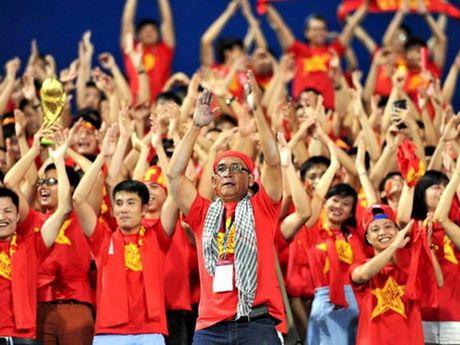 Ong Tran Huu Nghia, Chu tich Hoi CDV VFS: 'CDV khong tay chay doi tuyen Viet Nam' - Anh 1