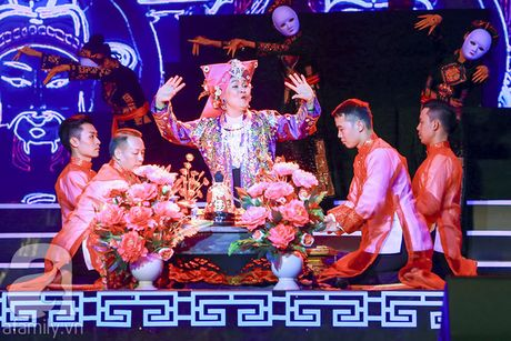 "Nguoi thay do nhanh hon Ha Ho, chui Xuan Bac nhu hat hay va suyt lam ""chuyen ay"" voi Thanh Thanh Hien - Anh 14"