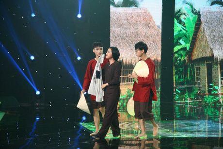 """Noi got Truong Giang, Tien Luat nuc no khen """"gai xinh"""" truoc mat vo - Anh 2"""