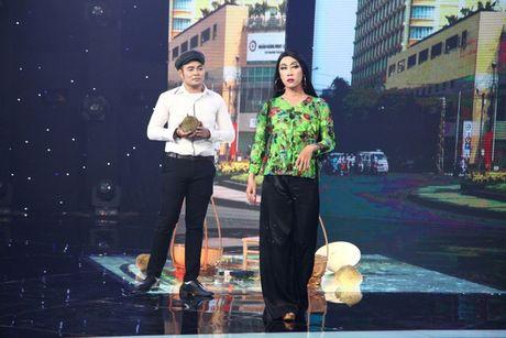 """Noi got Truong Giang, Tien Luat nuc no khen """"gai xinh"""" truoc mat vo - Anh 7"""