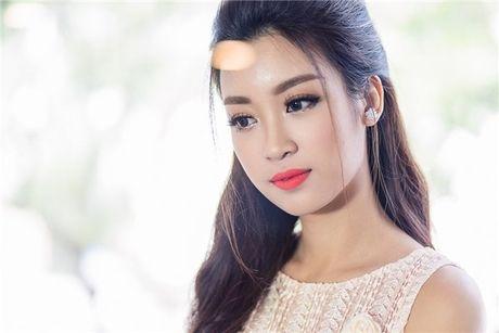 Hoa hau Do My Linh: 'Khong phai dai gia nao cung xau' - Anh 5