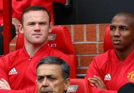 'Wayne Rooney co the toa sang o Chelsea hoac Arsenal' - Anh 1