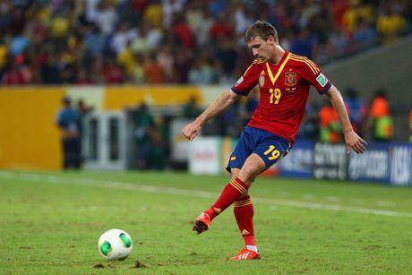Jordi Alba chan thuong, co hoi cho sao Arsenal - Anh 1