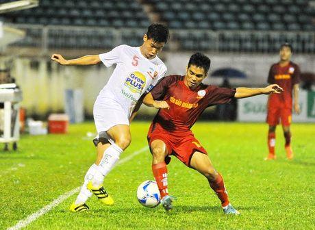 Khong Tuan Anh, Xuan Truong, Cong Phuong - U21 HAGL van thang lon tran ra quan - Anh 1